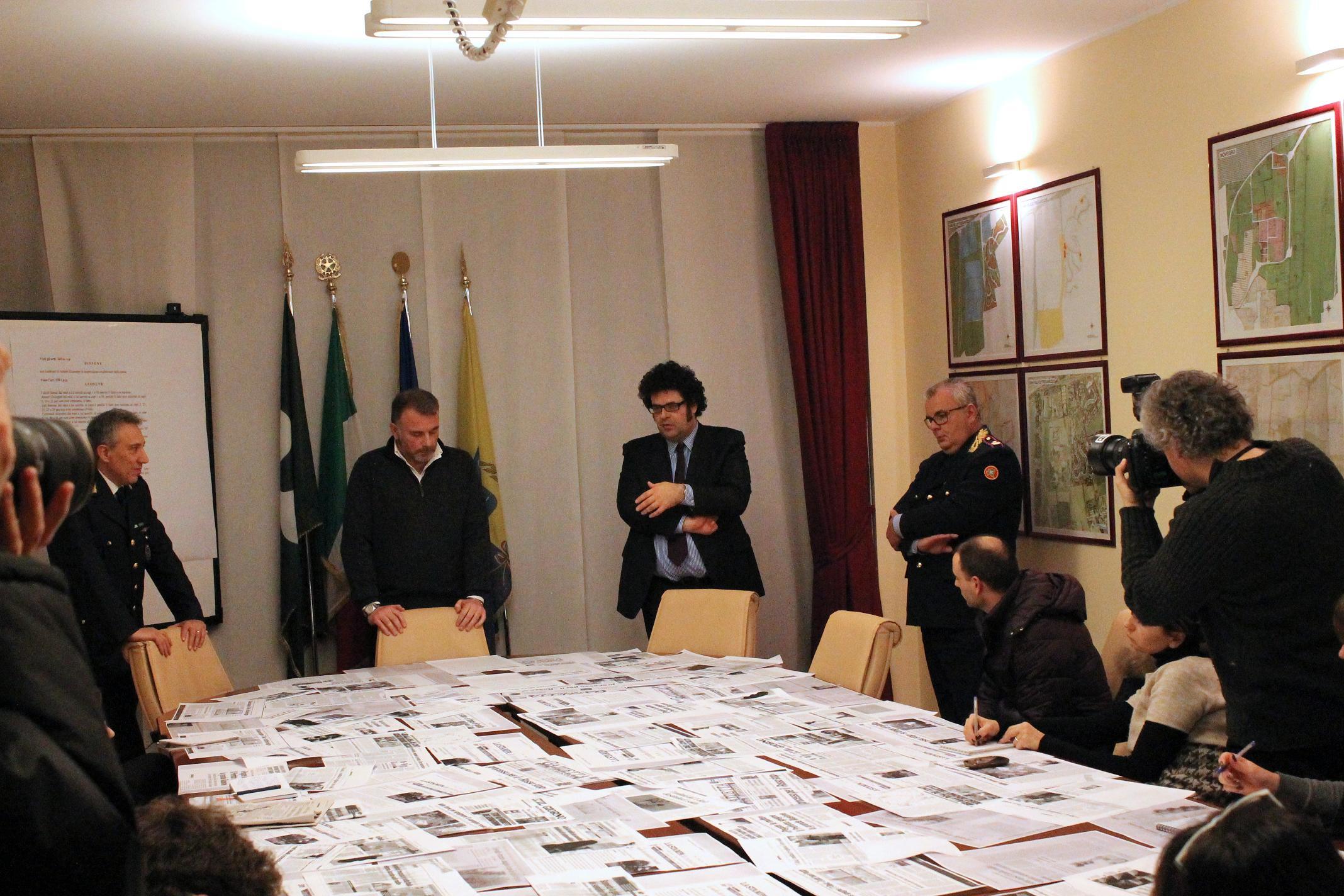 Conferenza Stampa del Sindaco Alessadnrini, del Comandante Giona e del VIce , dopo la sentenza di assoluzione.