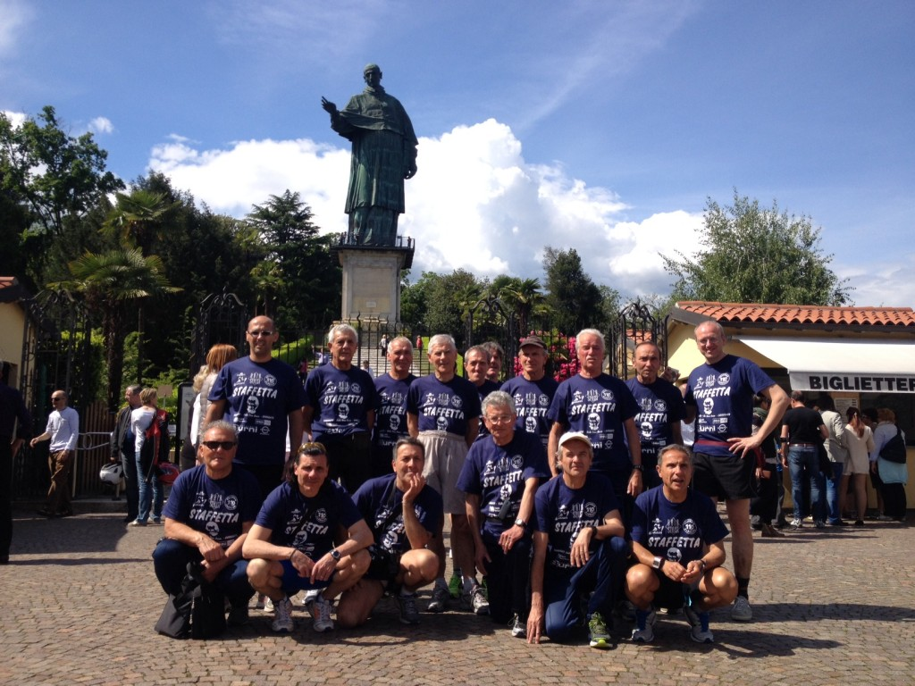 Il gruppo a San Carlone d' Arona