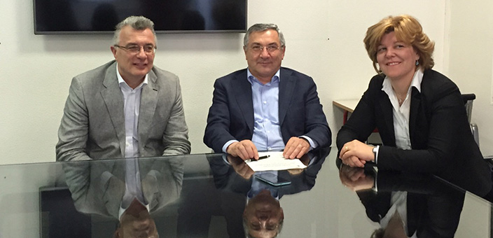 a sinistra Dott. Ottavio Brambilla di Unes, sindaco Brescianini, e assessore Impiombato Andreani
