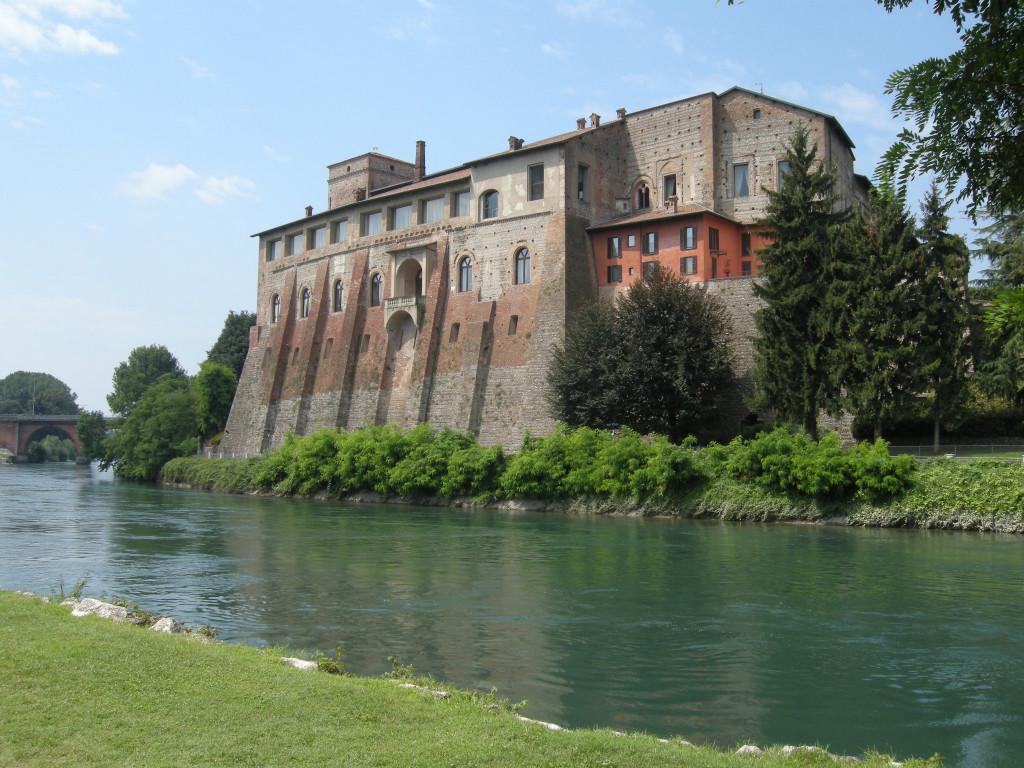 f3 Cassano-castello