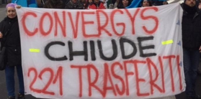 La-protesta-dei-lavoratori-Convergys-da-Cernusco-si-sposta-in-Regione-5832bffd3a6963