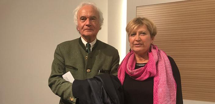 La vincitrice del premio Giuria Popolare Maria Bianchetti insieme al Presidente Duccio Demetrio