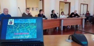 I sindaci dei comuni dell'Adda Martesana a Bussero durante l'incontro per l'istituzione del Parco della Martesana