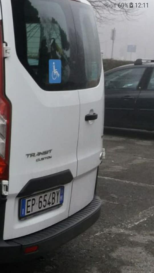 Rubato a Bussero furgone per trasporto disabili
